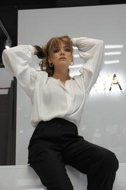 Блуза стойка